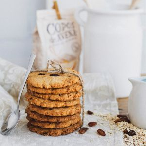 Organic spelled, oatmeal and raisin biscuits